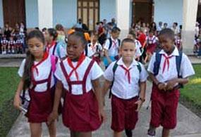 20130617171906-escolares-cubanos-primaria-ago-31-2011.jpg