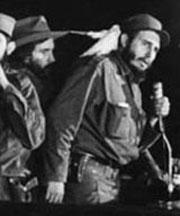 20160104165334-fidel-entra-en-la-habana-enero-8-1959.jpg