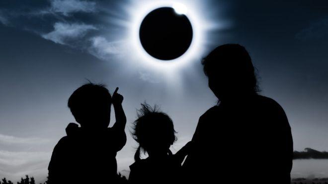 20190702091447-eclipse-total-solar.jpg