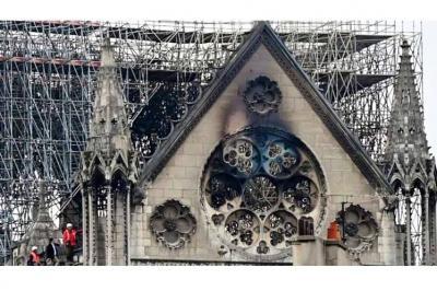 20190705150716-catedral-quemada-notre-dame.jpg
