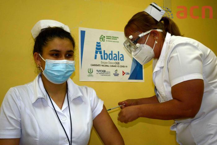 20210604140842-vacunacion-abdala-mayo-15f0197667.jpg